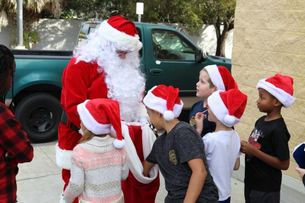 Cape Coral FOP Lodge 33 Treats Local Children to Free Holiday Shopping
