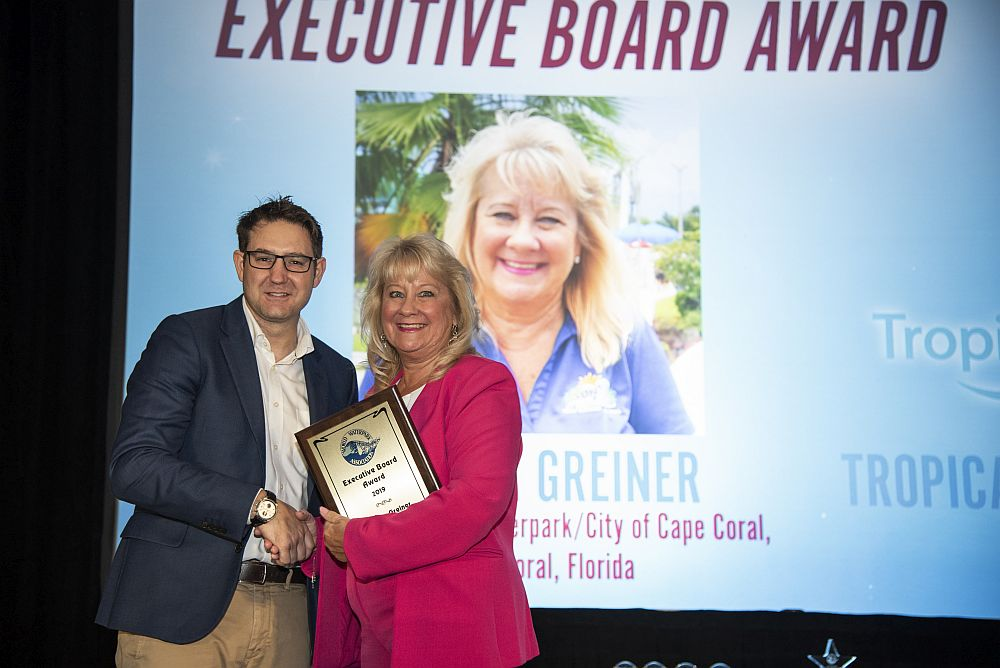 Sun Splash Manager Receives World Waterpark Association Executive Board Award