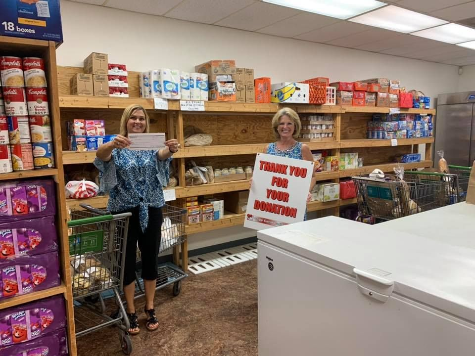Cape Coral Caring Center receives ,000 donation