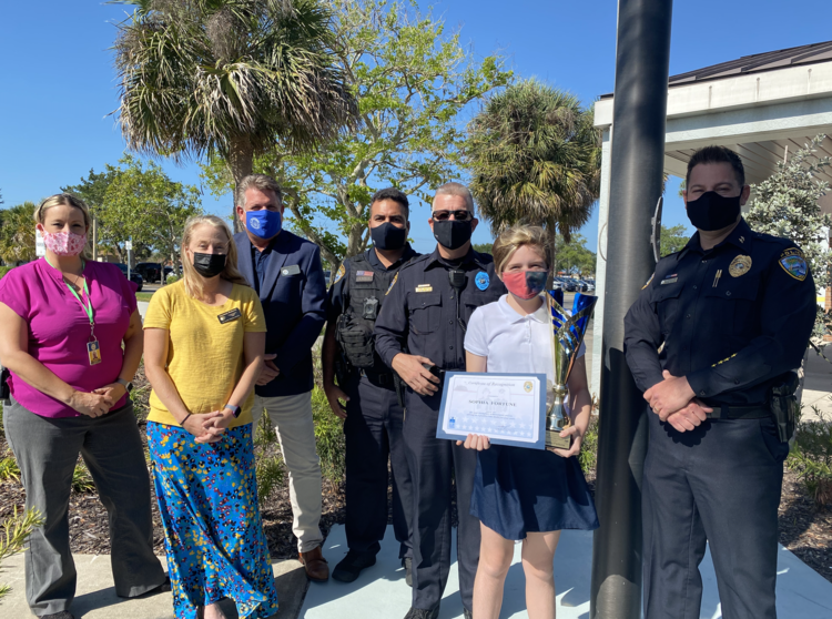 Diplomat Elementary School Fourth Grader Receives The Do The Right Thing Award