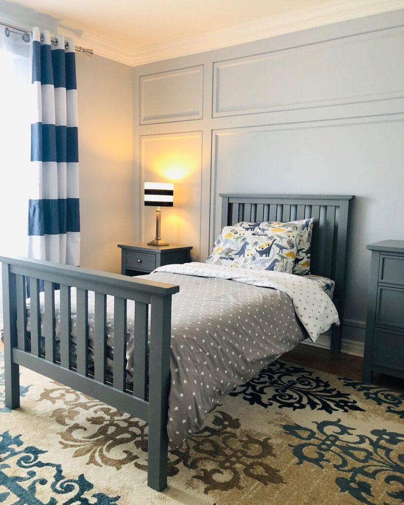 How to paint a small bedroom to make it look larger