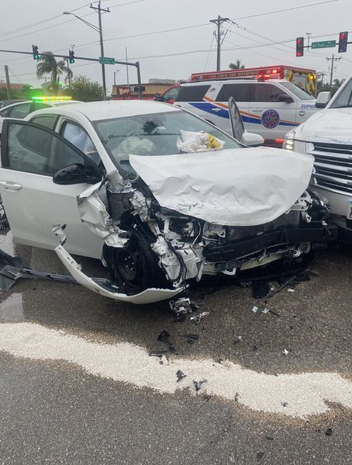 Red Light Runner Results in a Traffic Crash with Serious Injuries